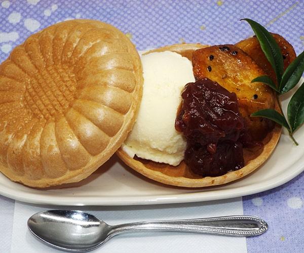 パンケーキ塩バターカラメルソース